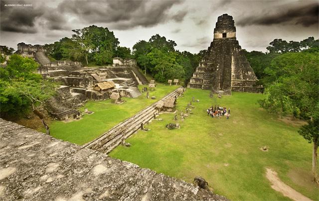 Тикаль — крупнейший город майя   w...