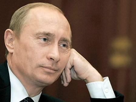 Путин и 12 лет спустя остается сам...