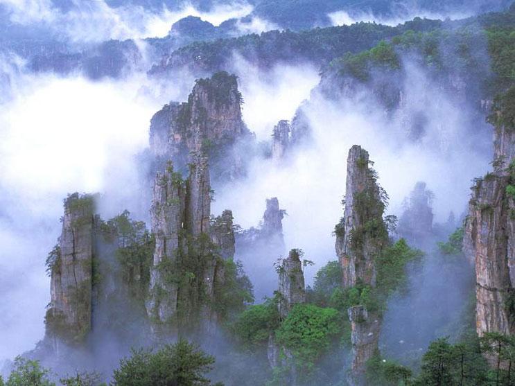 Тяньмэнь — сказочно красивая гора...