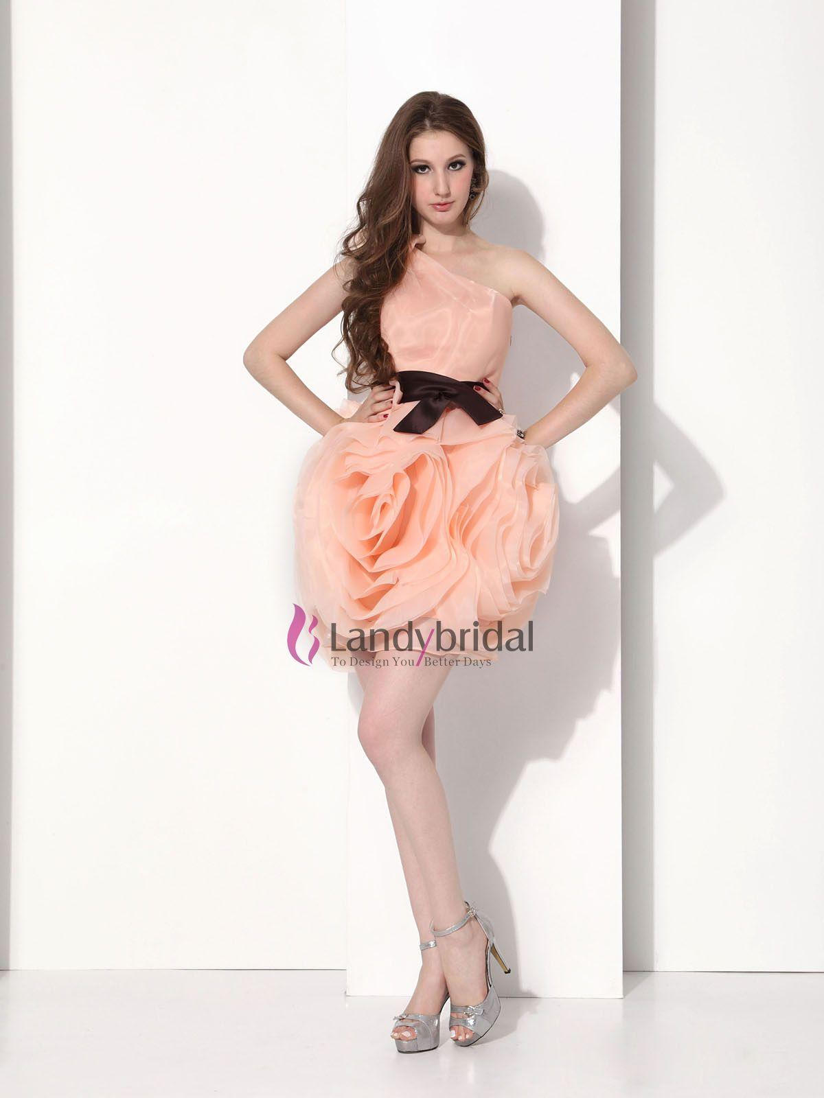 Красивое вечернее платье на сайте...
