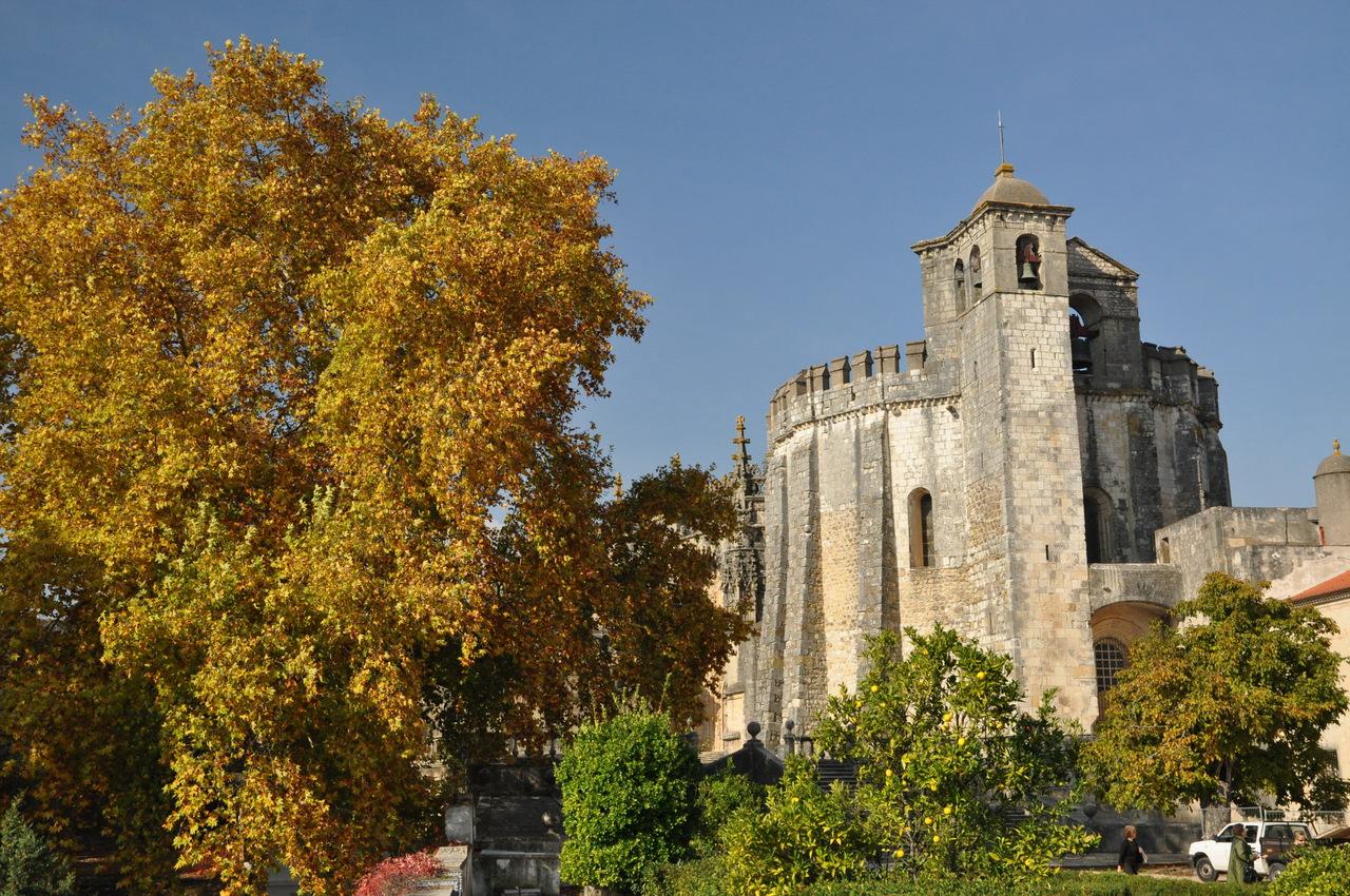 Замок в городке Томар (Конвенту-де...