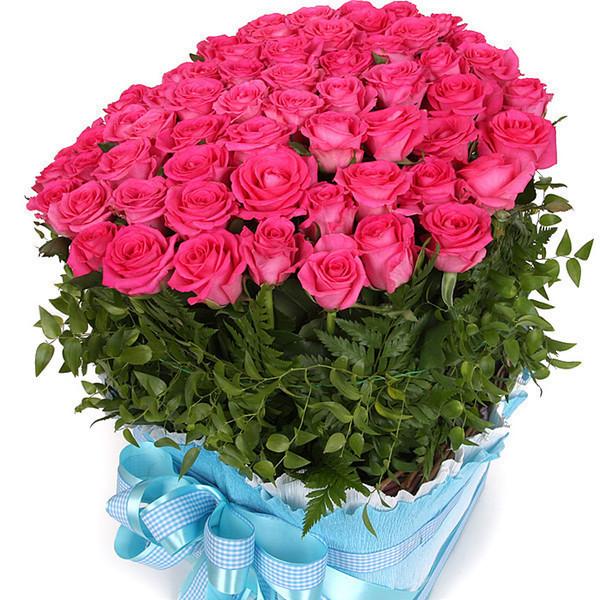 Этот день [red:phpbb]8 марта[/red:phpbb]  Желаю встретить без инфаркта!  В подарок получить машину,  Поход конечно к ювелиру,  И если хочется квартиру!  А также выиграть миллион,  С ним сердце бьется в унисон.  И не забудьте побрякушки,  Ненужные вам безд...