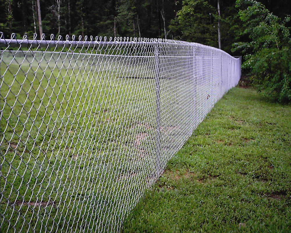 Забор из сетки рабица.  Сетка-раби...