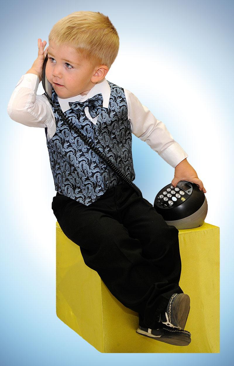 Праздничный гардероб для мальчика....
