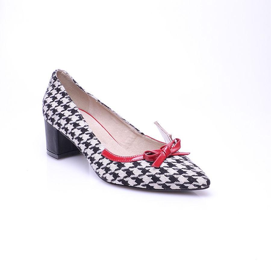 Пристрой обуви!  http://www.nn.ru/...