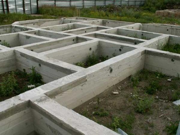 Как залить фундамент   При строите...
