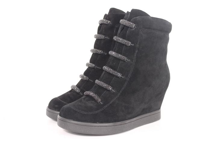 Зимняя коллекция обуви Спринг вэй....