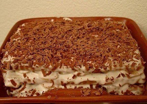 Торт из печенья с бананом на скорую руку.