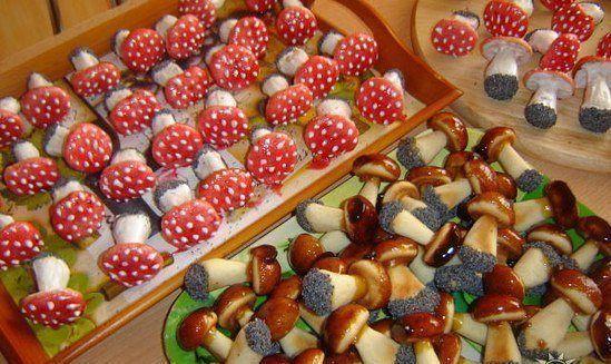 Печеньки-грибочки. Красиво, вкусно, интересно!)
