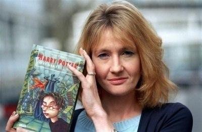 Гарри Поттер возвращается! Джоан Роулинг опубликует еще 12 рассказов о мире Гарри Поттера.