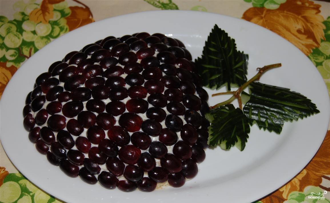 Салат тиффани с курицей копченой и виноградом рецепт пошагово