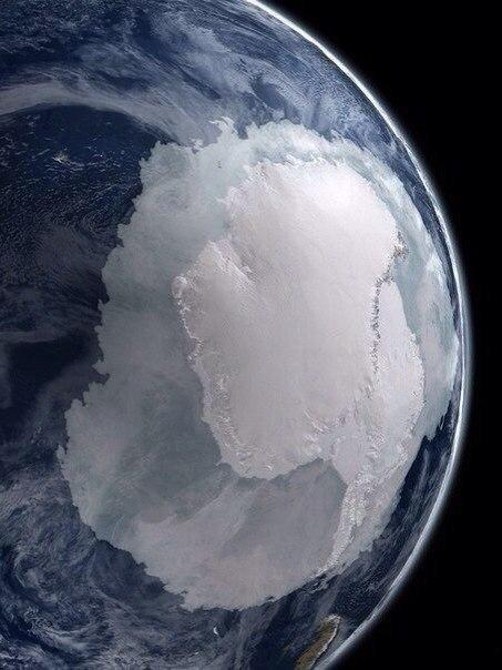 Так выглядит Антарктида из космоса