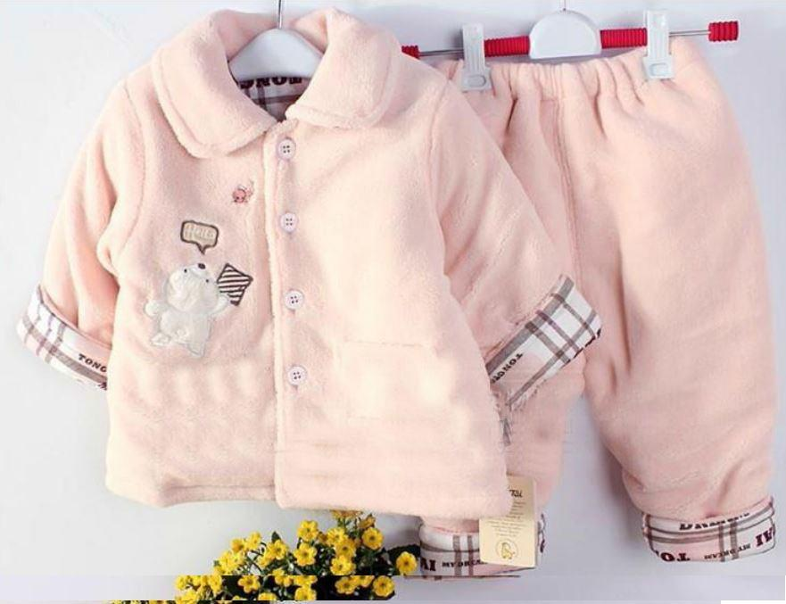 Очень милая натуральная одежда для малышей