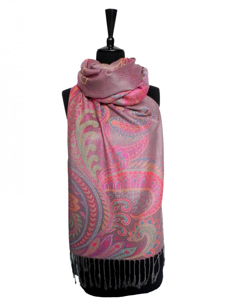 Будь стильной, даже в зимние морозы - шапки, платки, шарфы-хомуты, палантины. Высокое качество по доступным ценам.
