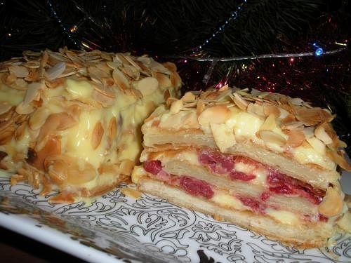 Торт а-ля Мильфей вишневый