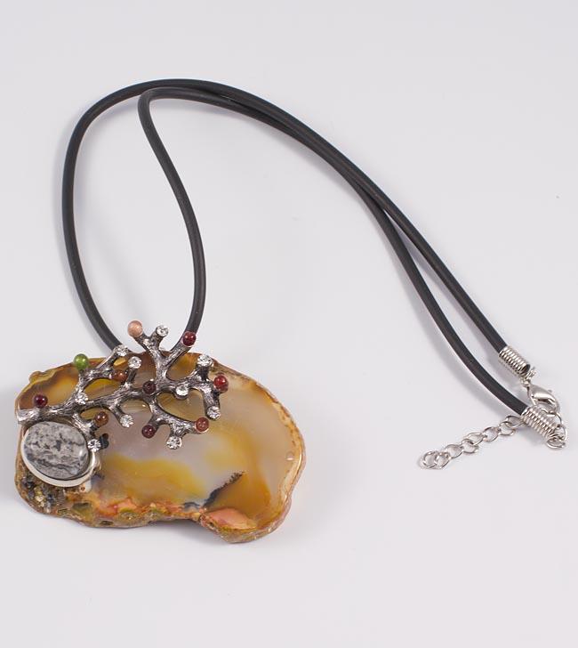 Магия натуральных камней. Украшения красивы и изысканны