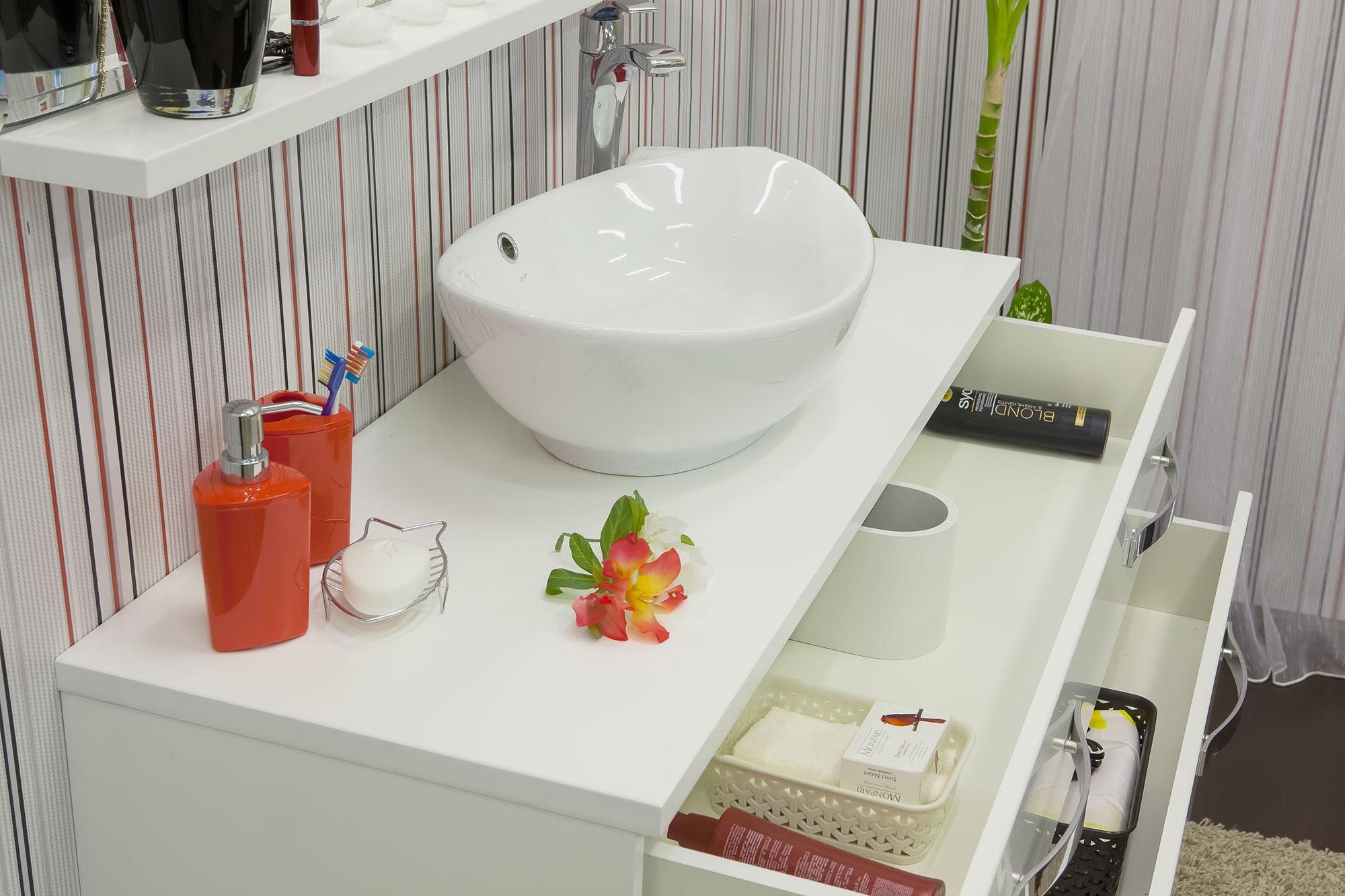 Сбор заказов. Для ванных комнат: тумбы, умывальники, пеналы, полупеналы, зеркала. 3D-фрезерование, патинирование, экологически чистые материалы. Мебель, которую выгодно покупать - 3