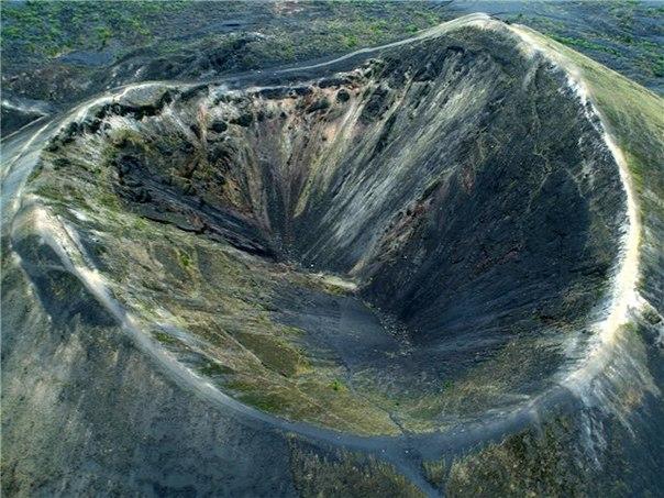 Извержение мексиканского вулкана Парикутин продолжалось 9 лет (с 1943 по 1952 год)