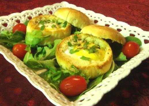 Булочки запеченные с яйцом и разными начинками быстрая вкуснятина