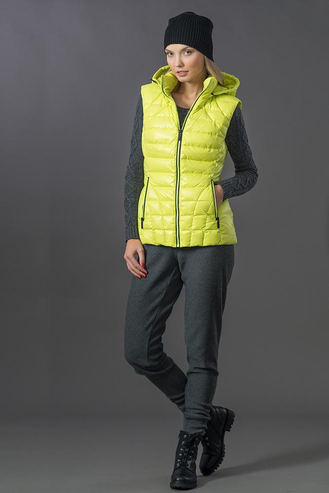 Пуховички, ветровки, пуховые жилеты от любимого бренда Plаks@. теперь и женская коллекция!