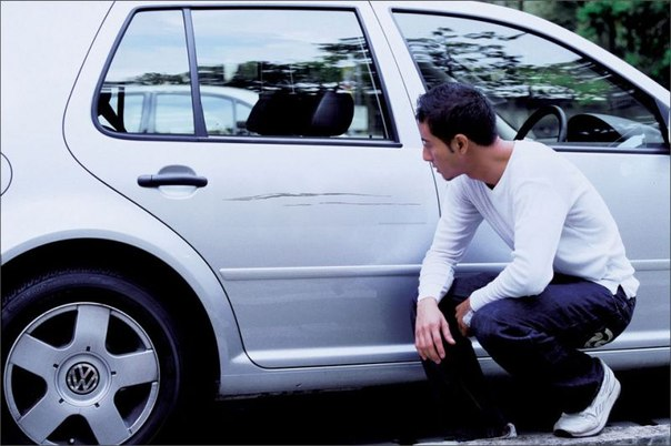 Умные панели покажут кто поцарапал автомобиль на парковке