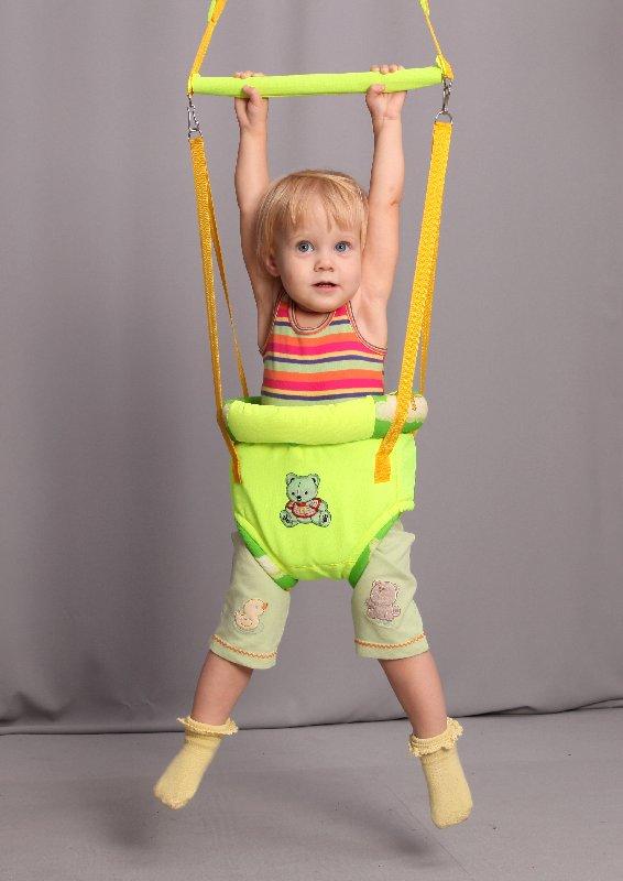Приглашаю в закупку для наших деток: прыгунки, вожжии, мобильные стульчики, слинги. Одежда для новорожденных.