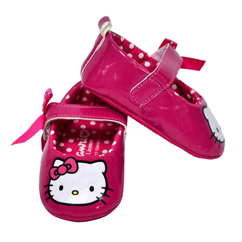 Очаровательные пинетки розового цвета для маленькой принцессы.