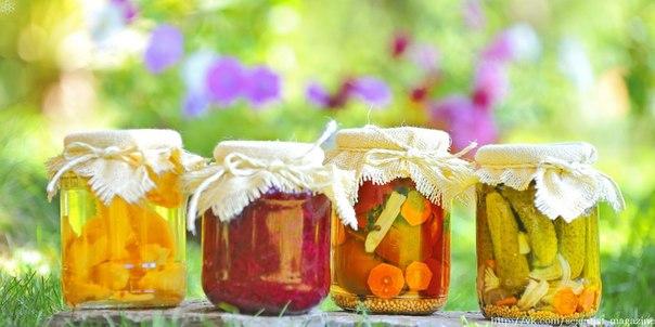 Метод консервирования продуктов был изобретён в 1772 году в Нидерландах, и к 1820-м годам консервные банки получили распространение в странах Европы и США