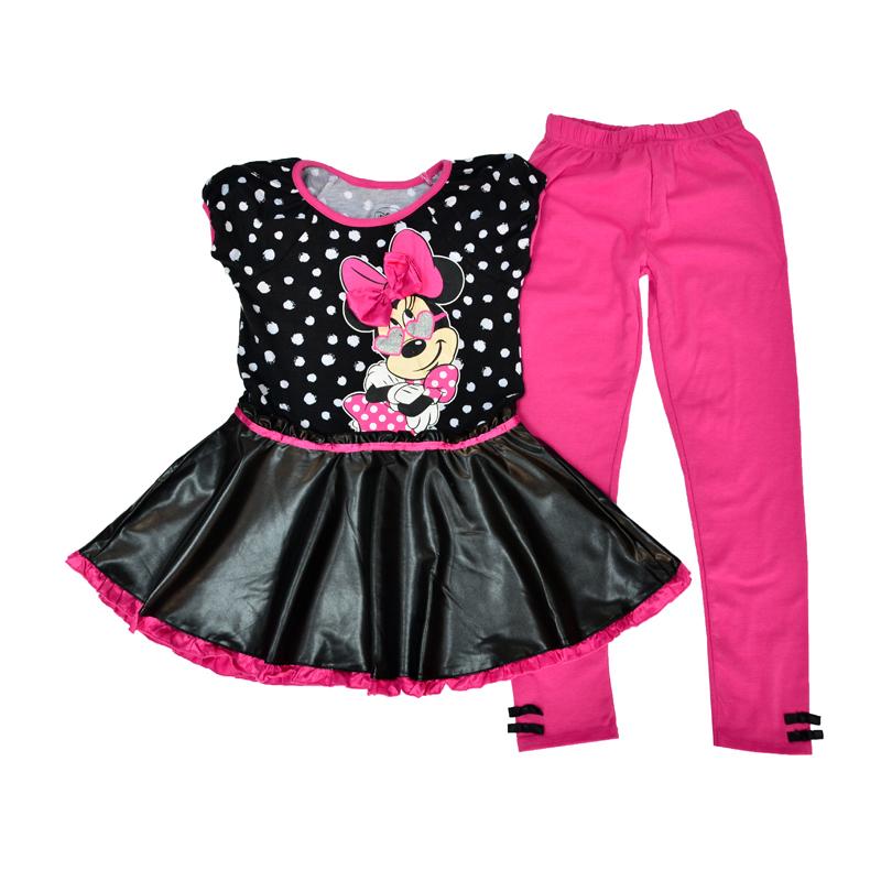 Черное стильное платье-туника и длинные розовые брюки с контрастными бантиками гармонично впишутся в гардероб современной девочки.