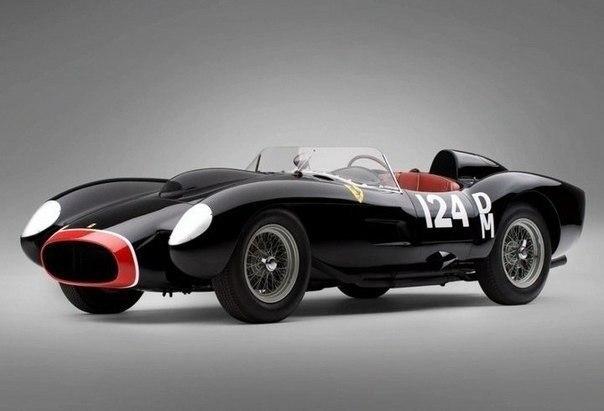 Самым дорогим автомобилем в истории стал Ferrari 250 Testa Rossa 1957 года выпуска. 20 августа 2011 года на аукционе Goodings & Company Ferrari 250 TR был продан за 16,4 млн долларов.