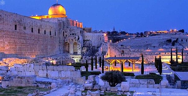 Некоторые паломники, приезжая в Иерусалим, под действием психического расстройства начинают вести себя как святые или пророки, будто они наделены божественными силами