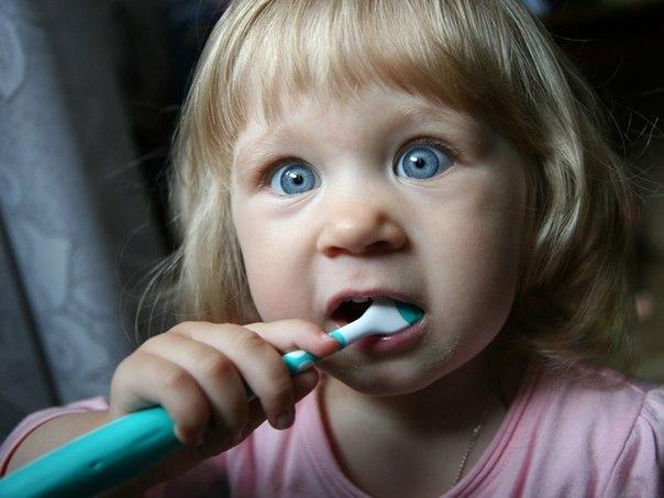 Что скрывает в себе зубная паста?