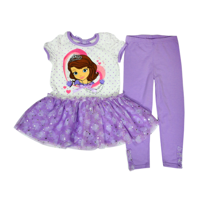 Нежно и хрупко ваша малышка будет смотреться и в фиолетовом костюме с принцессой Софией.