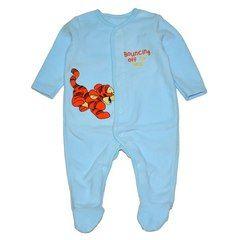 Комбинезон голубого цвета идеально впишется в первый гардероб новорожденного карапуза.