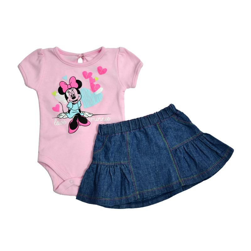 Чудесный костюм для настоящих девчонок сделает вашу малышку самой модной с самого ее рождения!