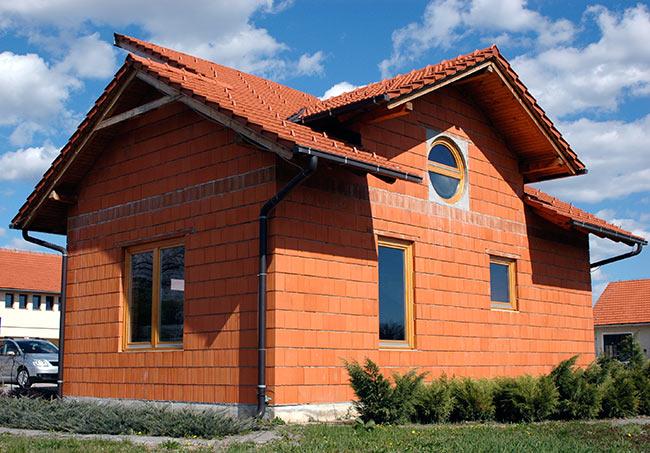 Сооружение домов из керамических блоков