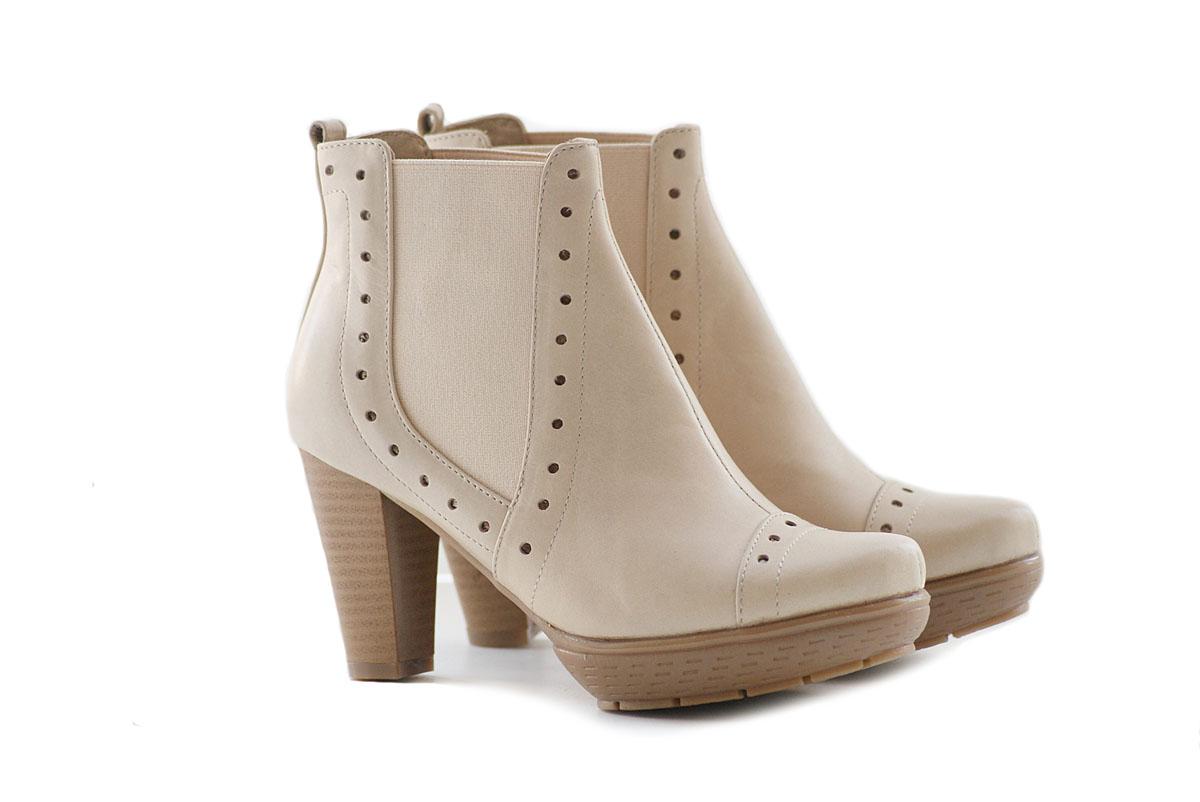Порадуй свои ножки элегантной и качественной обувью от российского производителя. Размеры от 33 до 43. Удобные колодки! Натуральные материалы! Сбор без рядов!!!
