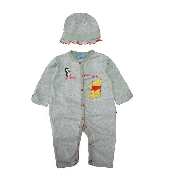 Выбирая одежду для своего новорожденного крохи, мама сталкивается с выбором: предпочесть комфорт или оригинальный дизайн изделия?