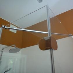 Разработан первый раздвижной стабилизатор для душевых ограждений