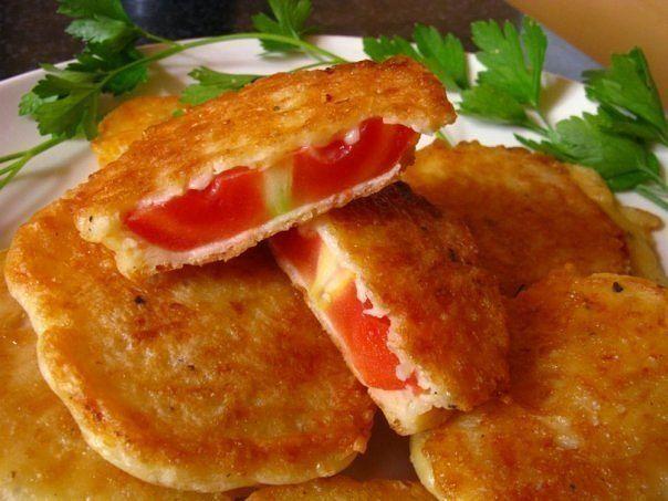 Жаренные помидоры в сырном кляре
