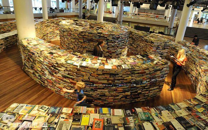 Книжный развал-2. Уценённые журналы и книги разных издательств.