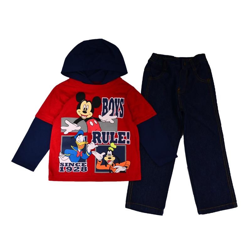 Универсальный чудо-комплект с любимыми героями Диснея всех малышей - Дональдом Даком, Микки Маусом и Гуффи станет любимейшей вещью в гардеробе вашего крохи.