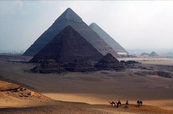 Как появились египетские пирамиды.Версия .
