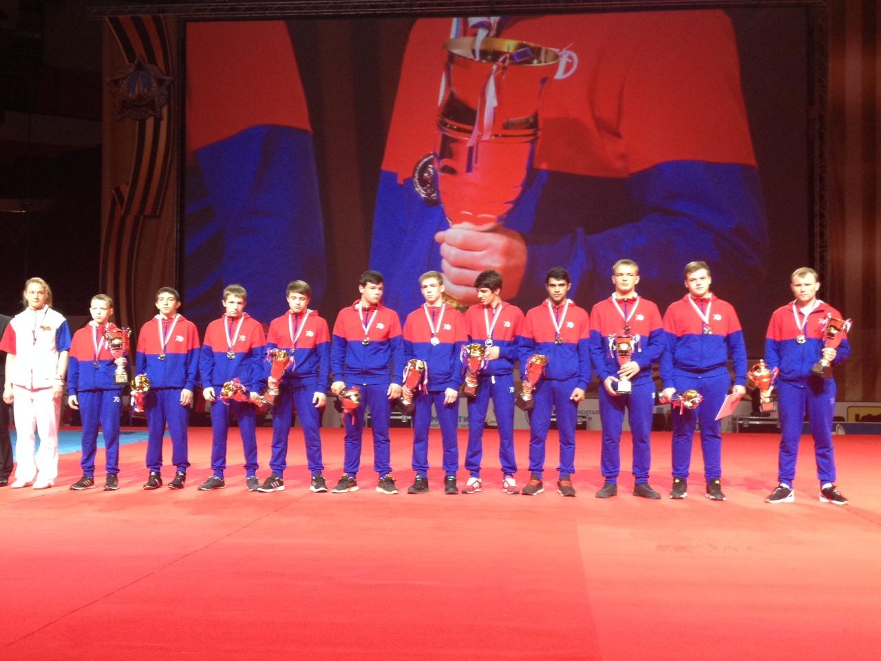 Серебро международного турнира Победа привезли нижегородские самбисты в составе сборной ПФО