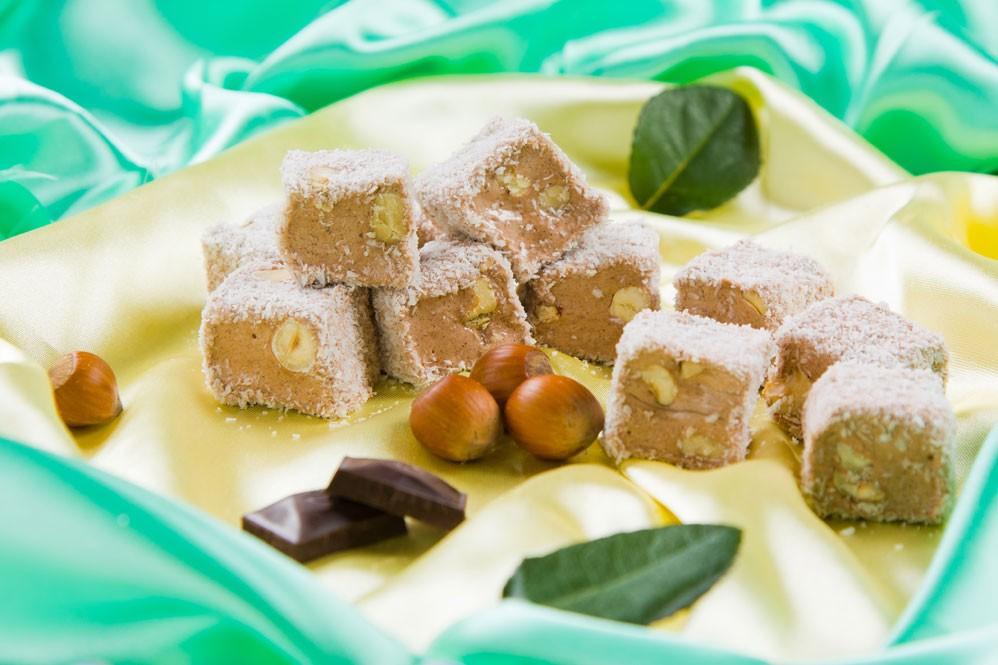 Рай для сладкоежек !Натуральные восточные сладости!рахат-лукум, натуральные ореховые сладости Hakbaba, чурчхела, пишманья, нуга и пахлава,козинаки и халва!