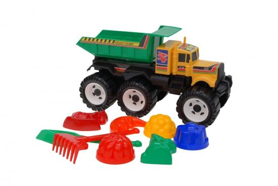 В нашей песочнице все по-взрослому. :0) Мусоровозы, самосвалы, тракторы и тачки, да лопаты-ведра-грабли - 3