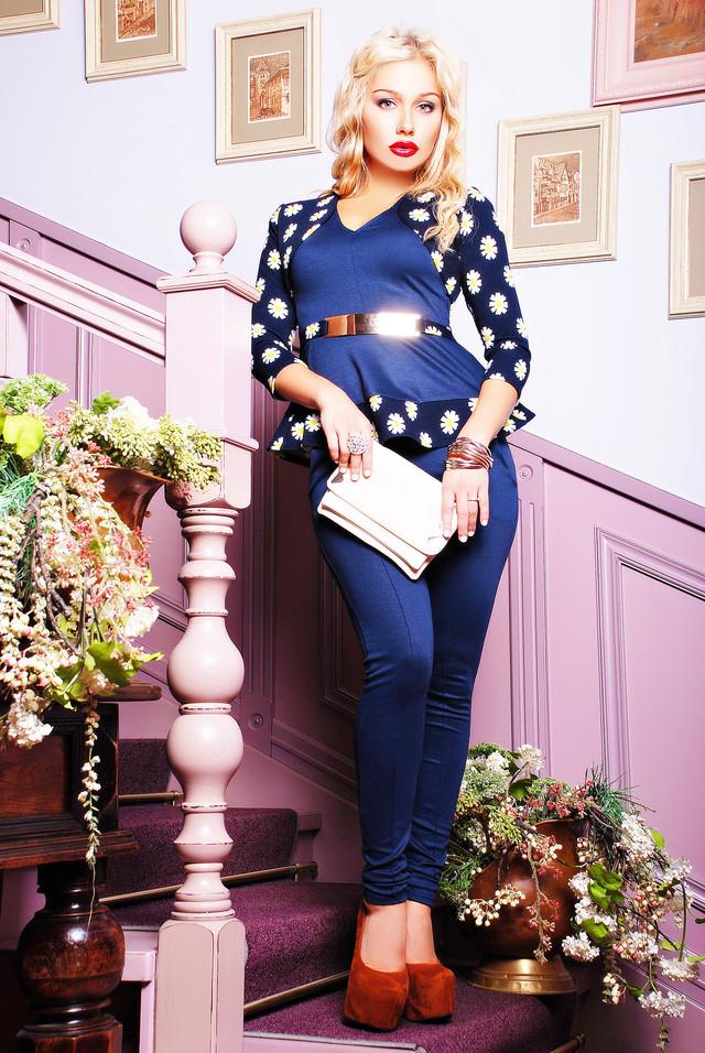 Sale.. Sale.. Распродажа шикарной женской одежды превосходного качества. Платья от 300р до 600р. 42-56 размеры. Платья для беременных по 400р! Спешите!!