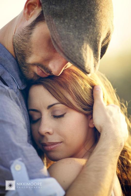 Секс снимает напряжение. Любовь создает его.