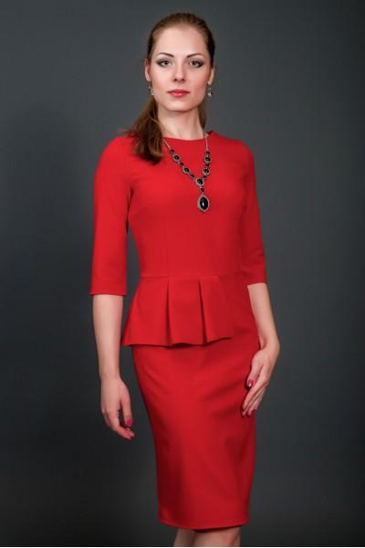 Женская одежда от Belirini - для тех, кто привык быть в центре внимания. Платья, туники, офисная одежда, блузки, юбки