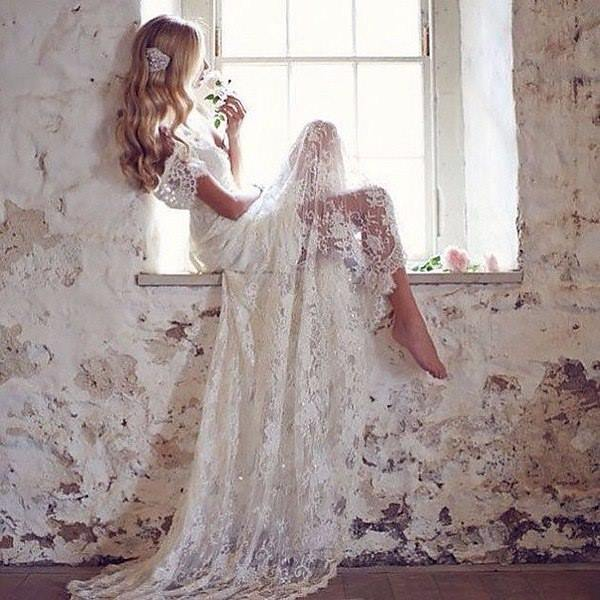 Люди не замечают, когда их любят. Они замечают, когда их перестают любить.